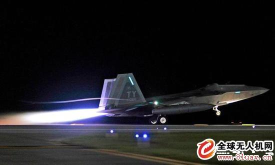 美军研究无人机蜂群蹲守攻击飞机技术