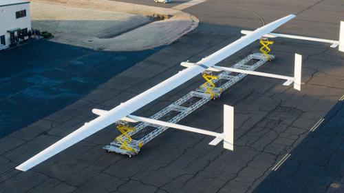 波音太阳能无人机