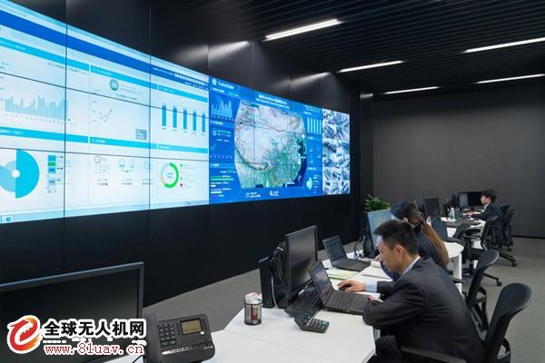 晶科电力无人机助力光伏电站智能运维