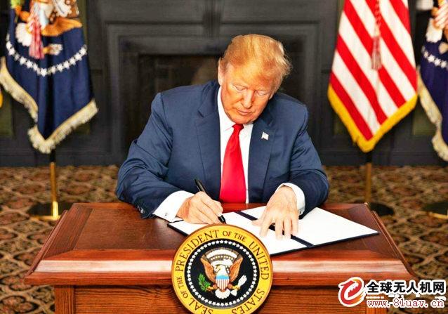 美国对伊朗新制裁 伊朗大批无人机现身海峡