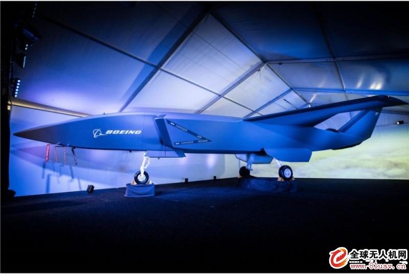 载人机结合无人机 波音空权协同系统亮相