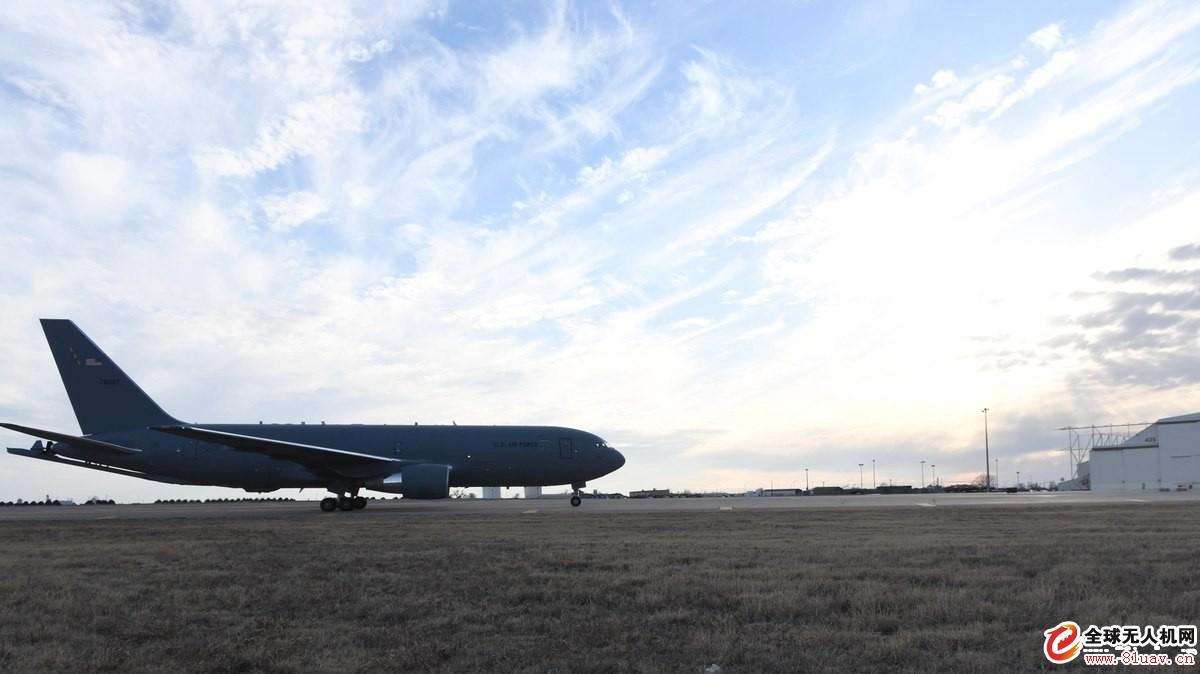 美国空军将继续审查KC-46A加油机项目