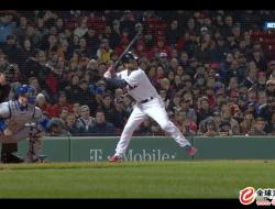 不速之客! 波士顿职业棒球赛现场惊现航拍机