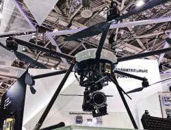 俄罗斯采用无人机监测输电线路