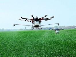 无人机植保作业(喷洒农药)