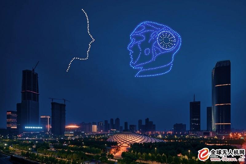 一飞500架次无人机集群3D穿越大戏,燃爆天津智能之夜