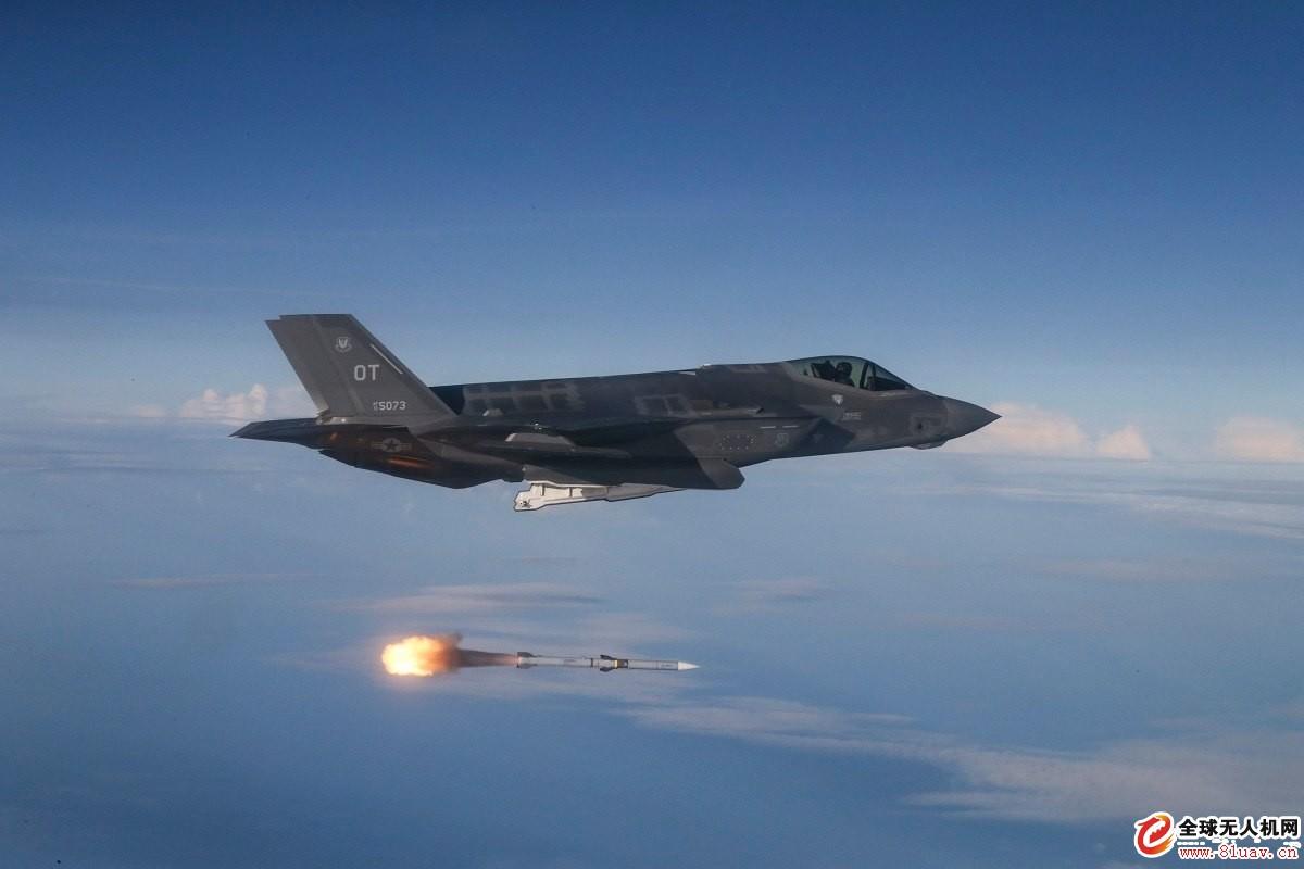 美国空军推进AIM-120中距空空导弹系统改进计划