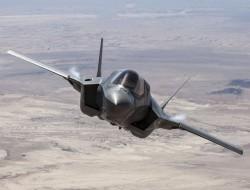 美国国防部和洛马达成第12批次F-35战斗机初步协议