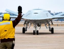 BAE系统公司加入MQ-25无人机项目团队