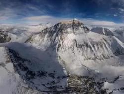 无人机眼里的珠穆朗玛峰