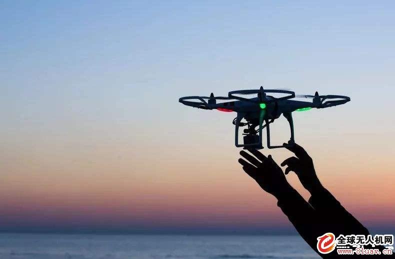 用意念让无人机起飞,这场海选赛上演了科幻一幕