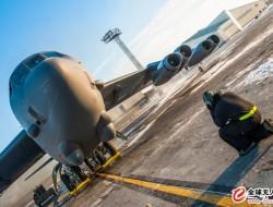 美国空军可能为B-52轰炸机发动机配置新型发电机