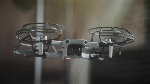DJI宣布推出迄今为止最小的Mavic无人机