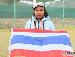 十二岁的他再次赢得世界无人机比赛冠军