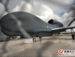 """英军将建""""集群无人机""""中队 旨在战胜敌方防空系统"""