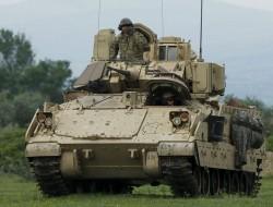 美陆军希望M-2 Bradley步兵战车担任无人机指挥中心