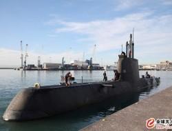 飞机能很快从潜艇上起飞吗?