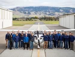 美国大型无人驾驶载人飞机在人口稠密地区进行了