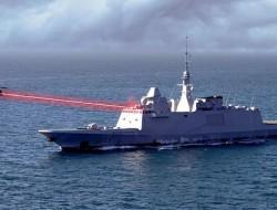 """法国海军展开""""HELMA-P""""舰载反无人机激光武器试射"""