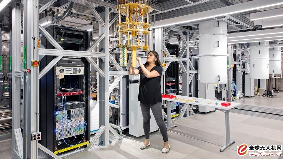 IBM和雷神技术公司将合作发展人工智能、加密和量子技术